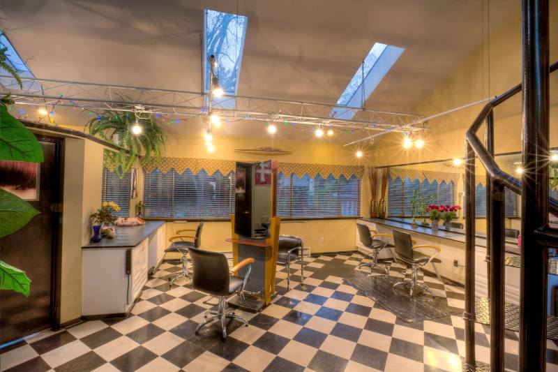 Wizards Hair Spa Salon - Stylist Area
